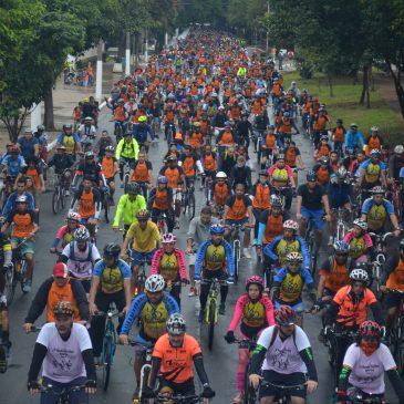 Mesmo com chuva, 18º Passeio Ciclístico da ADEPOM tem grande números de participantes